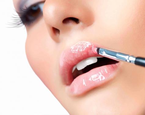 14. Lecke –  A szájfény helyes használata
