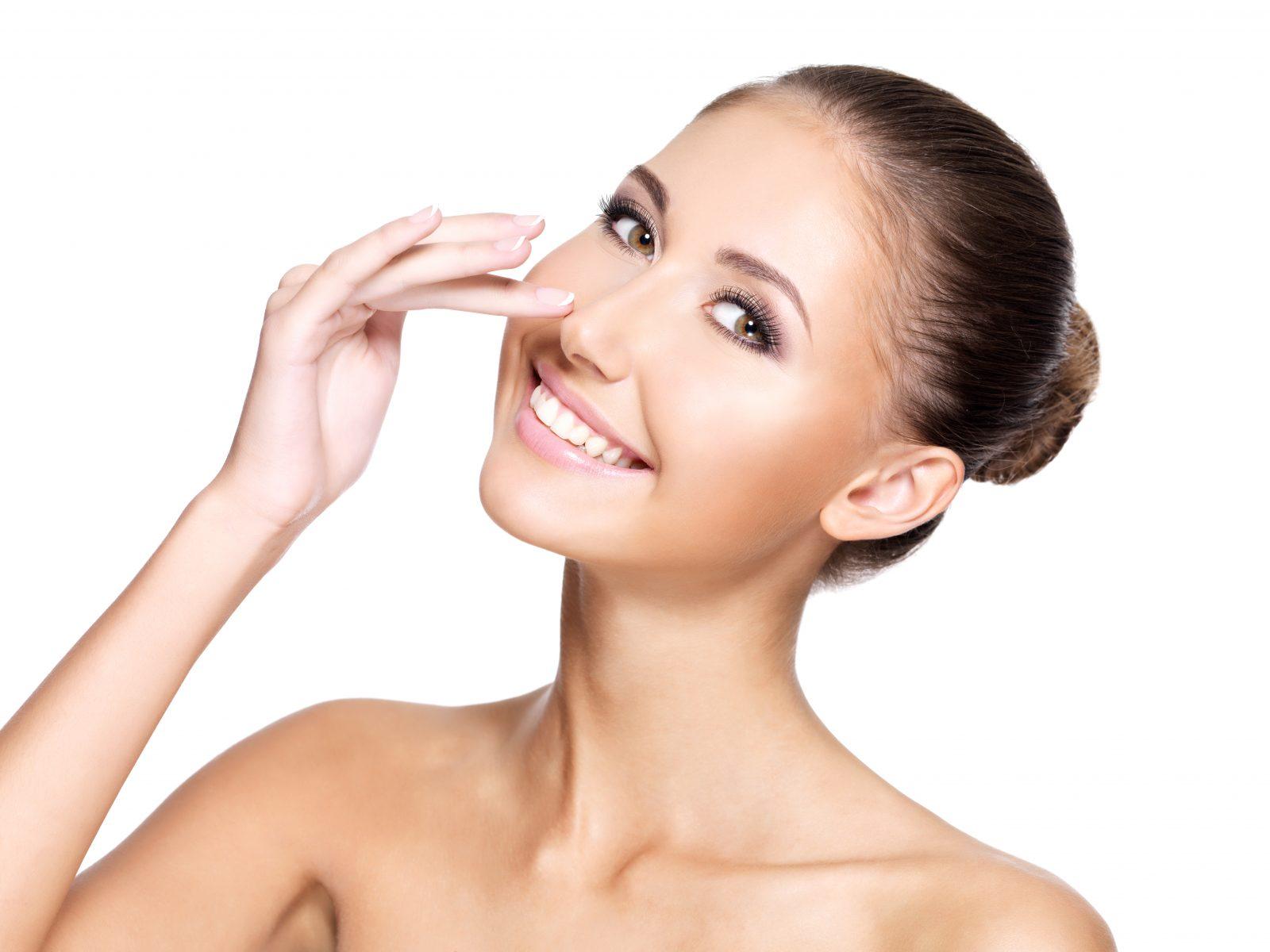 Így kicsinyítsd az orrod kontúrral online smink tanfolyam smink tippek